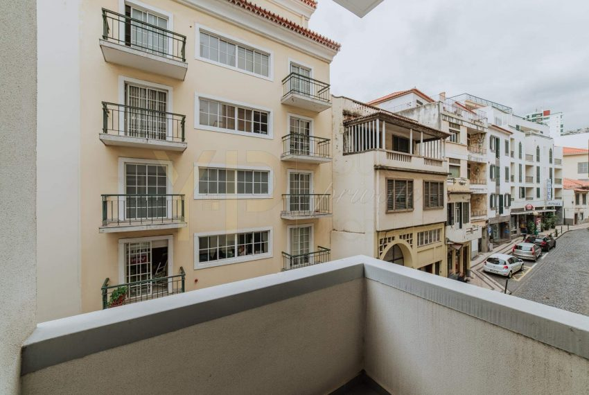Apartamento T2 no Funchal - Segundo Andar10