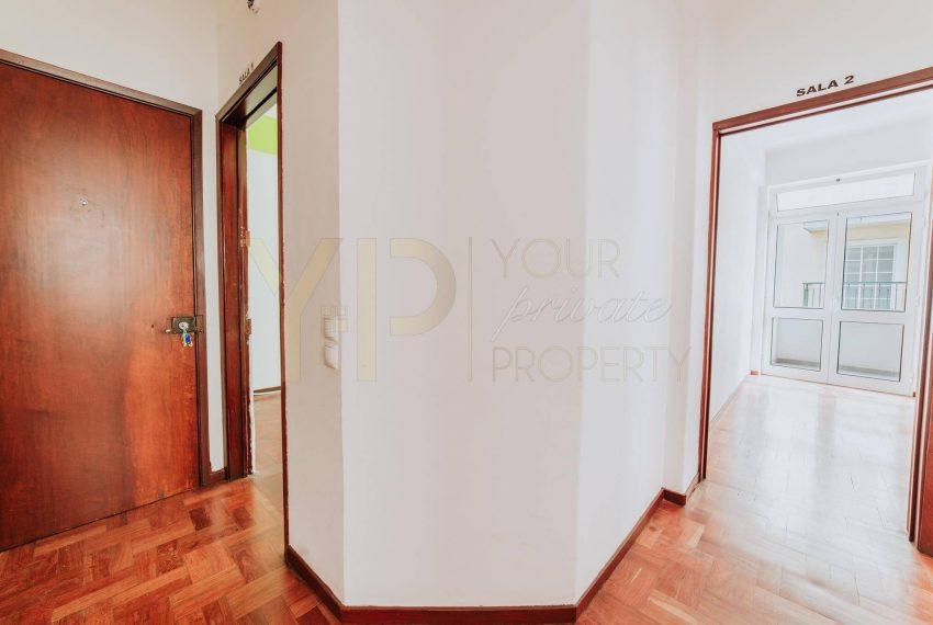 Apartamento T2 no Funchal - Segundo Andar15
