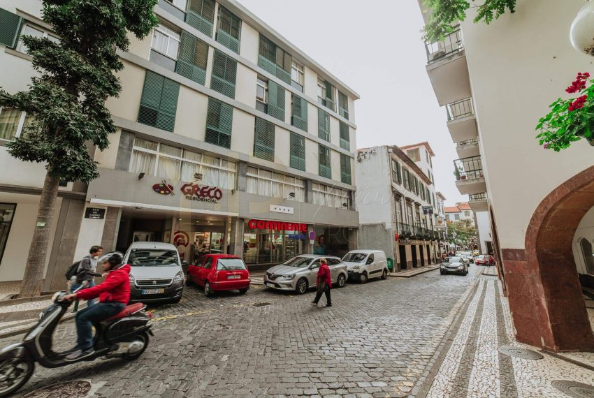 Apartamento T2 no Funchal - Segundo Andar19