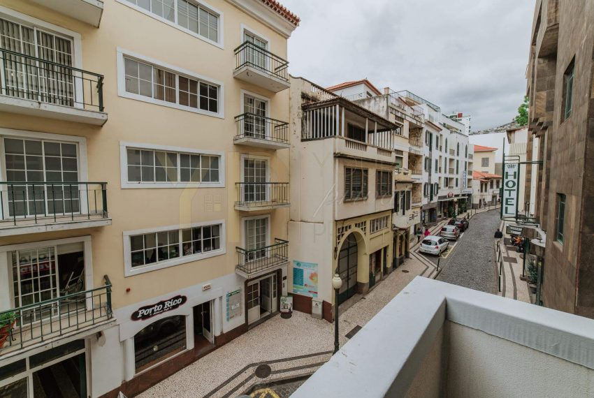 Apartamento T2 no Funchal - Segundo Andar22