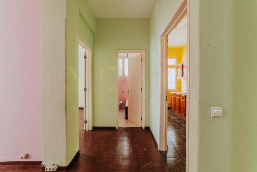 apartment-located-in-rua-do-carmo-img2